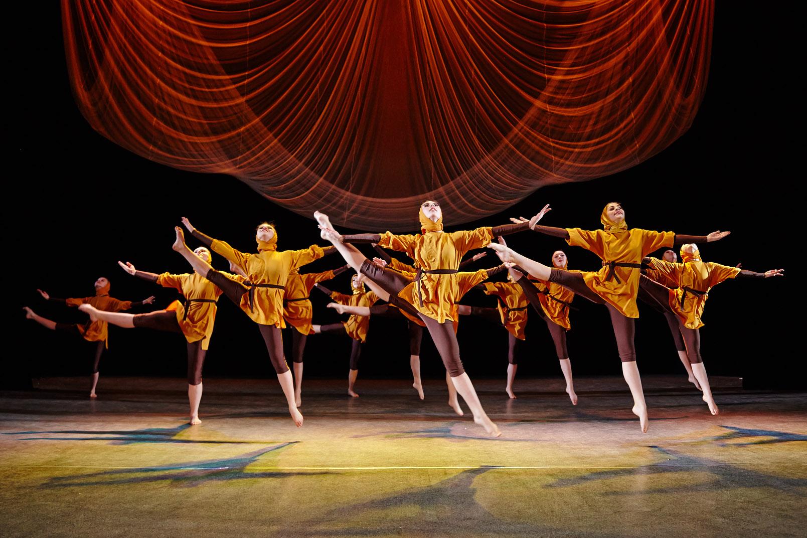 Народный театр балета «Дивертисмент»